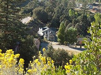 Pine Mountain Club, California - Pine Mountain Club is a high-income area.
