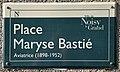 Plaque Place Maryse Bastié - Noisy-le-Grand (FR93) - 2021-04-24 - 1.jpg