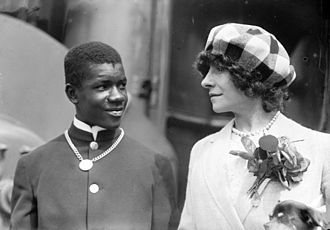 "Polaire - Polaire with the young man she provocatively called her ""slave"" at the end of her 1910 tour of the United States."