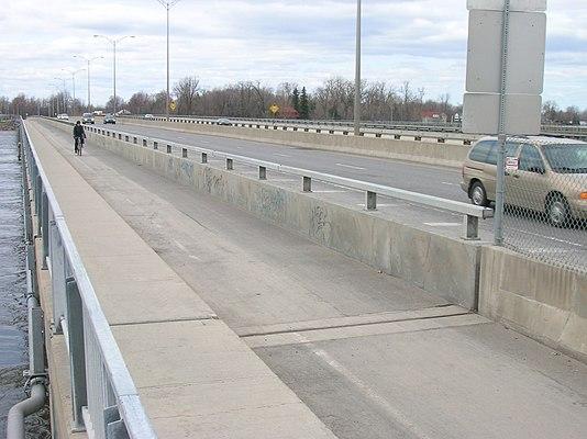 Taschereau Bridge