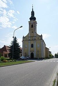 Popice church 02.JPG