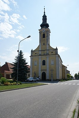 Popice church 02.JPG