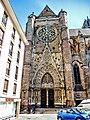 Porche et portail sud de la cathédrale.jpg