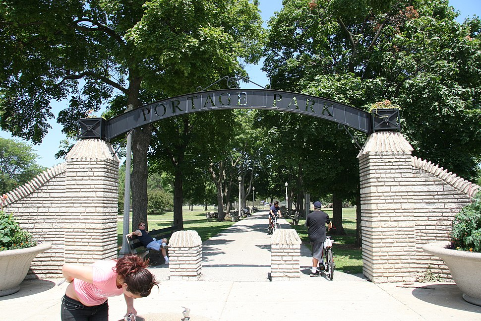 Portage Park Chicago Gate