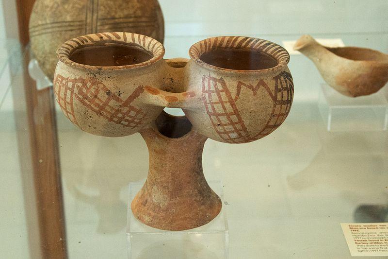 File:Pottery kernos, Early Cycladic II-III, 2500-2000 BC, AM Milos, 152540.jpg