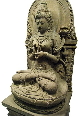 Indonesian Esoteric Buddhism - 13th century Javanese statue of Prajnaparamita, from the Cungkup Putri ruins near Singhasari temple.