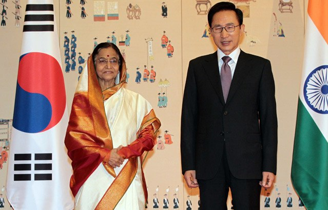 President Lee Myung-bak and Indian President Pratibha Patil in Seoul