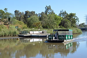 Herring Island (Victoria) - The punt that runs between the island and Como Landing