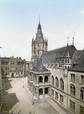 Cologne City Hall - Cologne City Hall around 1900; the Loggia visible in the centre, Saalbau in centre right and Tower in the background.