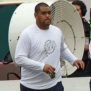 Ray Feinga - Feinga with the Dolphins in 2012