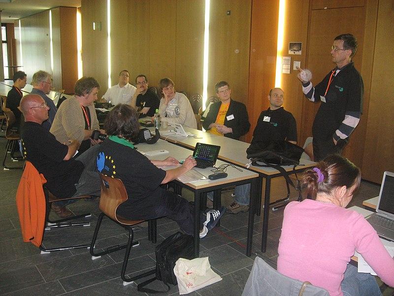 Datei:Regiowikicamp 2009 (3).JPG
