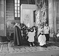 Requiemmis voor oveleden Paus in de St Jacobskerk in Den Haag de Pauselijke Int, Bestanddeelnr 915-2531.jpg