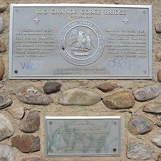 Rio Grande Gorge Bridge - Image: Rio Grande Gorge Bridge Plaques
