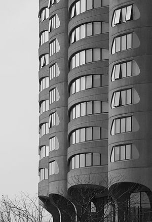Bertrand Goldberg - River City, Chicago