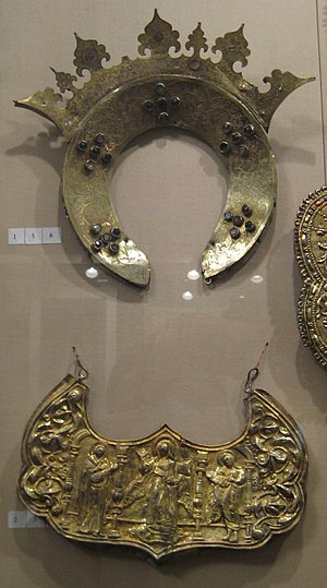 Tsata - The crown (venets) and the tsata from Pskov, The Pskov Museum, 17th c.