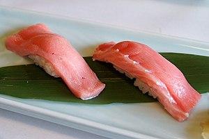 Chūtoro - Chūtoro sushi