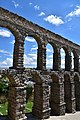 Roman aqueduct, Segovia, 1st century CE (17) (29437815886).jpg