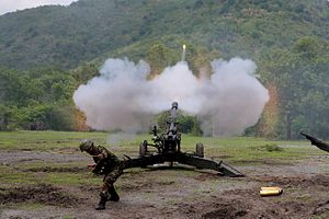 GIAT LG1 - Royal Thai Army firing extended range ammunition from LG1 during training in Lopburi, Thailand
