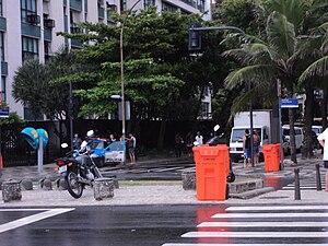 Rua Farme de Amoedo - The beginning of the street.