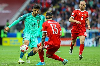 André Gomes - Gomes playing against Russia at the 2017 FIFA Confederations Cup