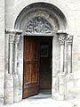 Saint-Béat église portail.JPG