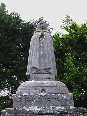 Ballyvourney - Statue of Saint Gobnait