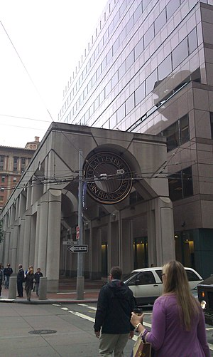 Federal Reserve Bank of San Francisco - A side view of the current Fed building, showing the Fed's seal