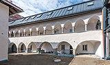 Sankt Veit an der Glan Unterer Platz 4 Mietwohnungen Arkadenhof 18052018 3263.jpg
