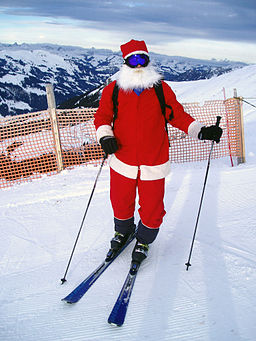 Santa Clause is skiing in Adelboden