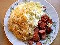 Sauerkraut, Kartoffelpüree, Mettwurst (4398088173).jpg