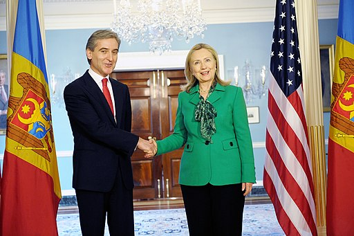Secretary Clinton Meets With Moldova Deputy Prime Minister Leanca (6859683566)