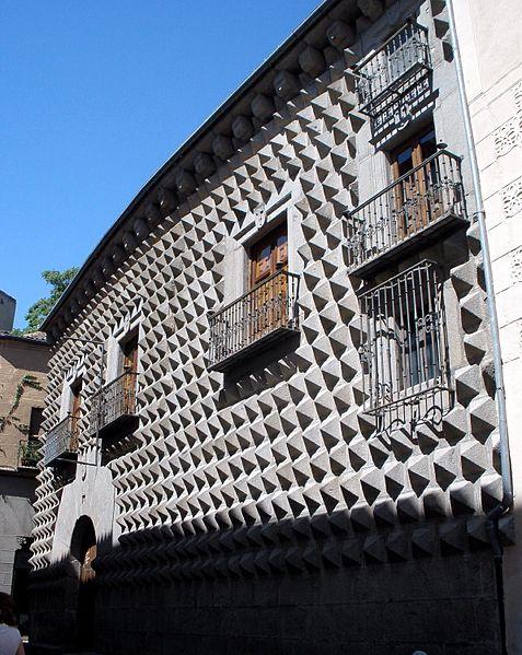 File:Segovia - Casa de los Picos 3.jpg - Wikimedia Commons