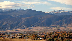 Sheridan, Wyoming - Sheridan looking west towards the Bighorn Mountains