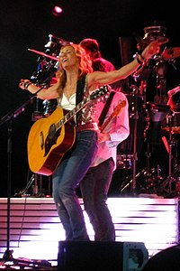 Sheryl Crow Concert - Singing 'If It Makes You Happy'.jpg