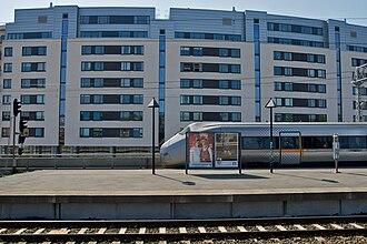 Skøyen Station - The Airport Express Train has served Skøyen since 1998