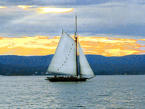 Hudson River Sloop Clearwater - Image: Sloop Clearwater 3 Photo by Anthony Pepitone