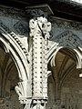 Soissons (02), abbaye Saint-Jean-des-Vignes, cloître gothique, galerie ouest, contrefort (exemple) 1.jpg
