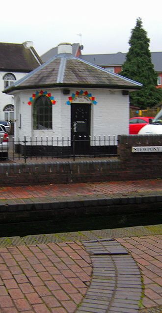 Stourton, Staffordshire - The old toll house at Stewpony Lock.
