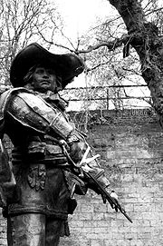 Statue of d'Artagnan in Maastricht