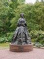 Staty av Maria Alexandrovna i Mariehamn (portrait).jpg
