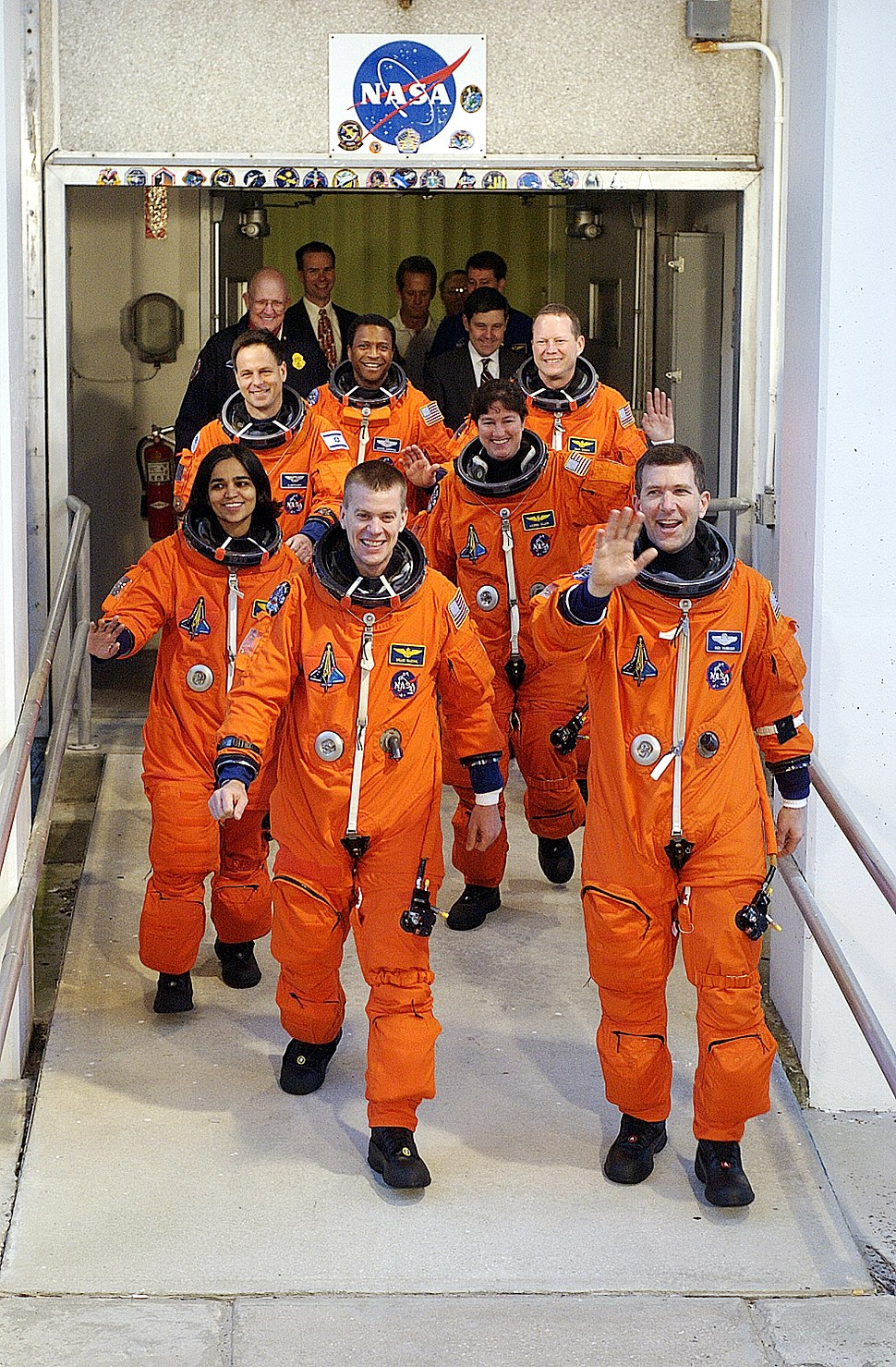 Sts107crewsmall