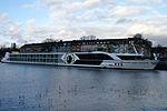 Swiss Sapphire (ship, 2008) 012.JPG