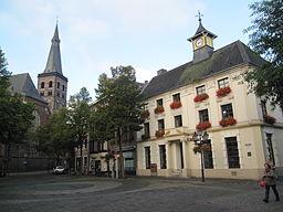 Tönisvorst, Rathausplatz