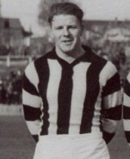 Ted Ryan (footballer, born 1921) Australian rules footballer born in 1921
