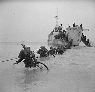 Gold Beach - British troops wade ashore during Exercise Fabius, 6 May 1944.