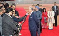 The Prime Minister of Malaysia, Dato' Sri Mohd Najib Tun Abdul Razak and the Prime Minister, Dr. Manmohan Singh interacting with the media, at the ceremonial reception, at Rashtrapati Bhavan, in New Delhi.jpg