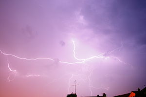 75 secondes de pose. Lightnings. Exposure time...