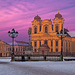 Timisoara - Dôme catholique à Union Square.jpg