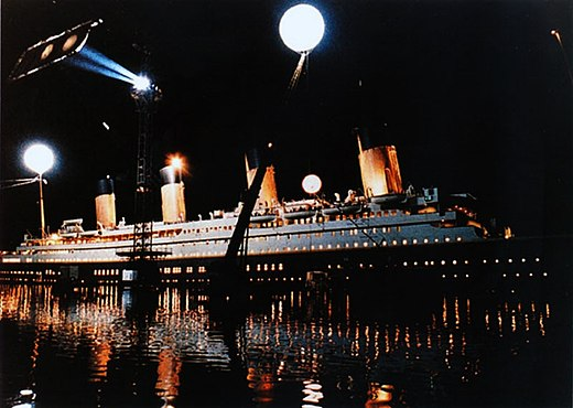 The highest-grossing film of the decade was Titanic (1997) Titanic Movie Cinema shooting. Airstar Lighting balloons.jpg