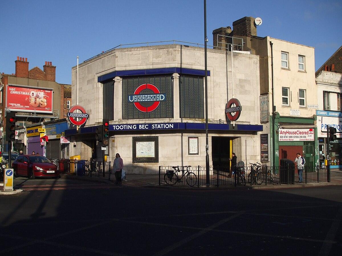 wiki tooting railway station